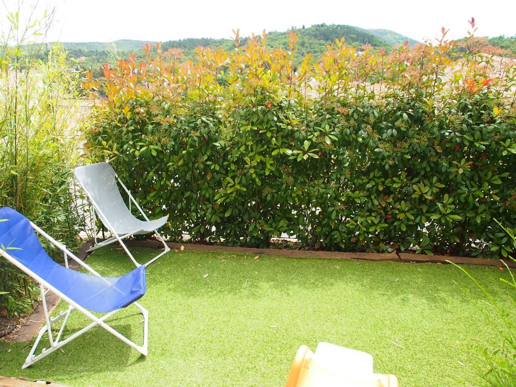 location maison villa roquebrune sur argens 83520. Black Bedroom Furniture Sets. Home Design Ideas