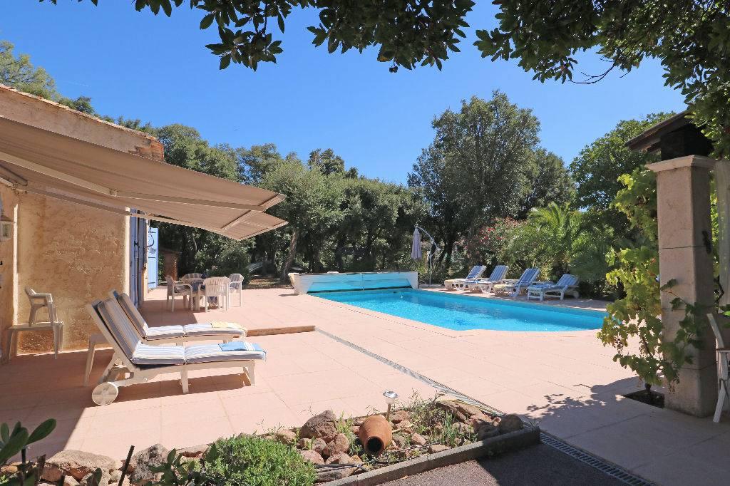 Vente achat maison villa roquebrune sur argens 83520 for Achat maison le pecq