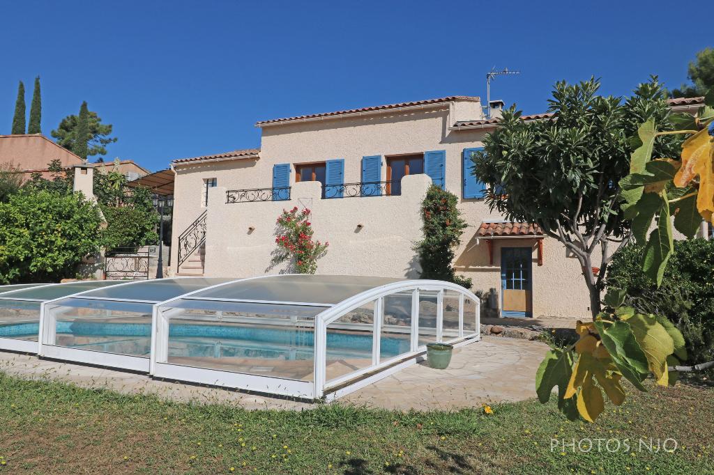 Vente achat maison villa roquebrune sur argens 83520 for Piscine roquebrune sur argens