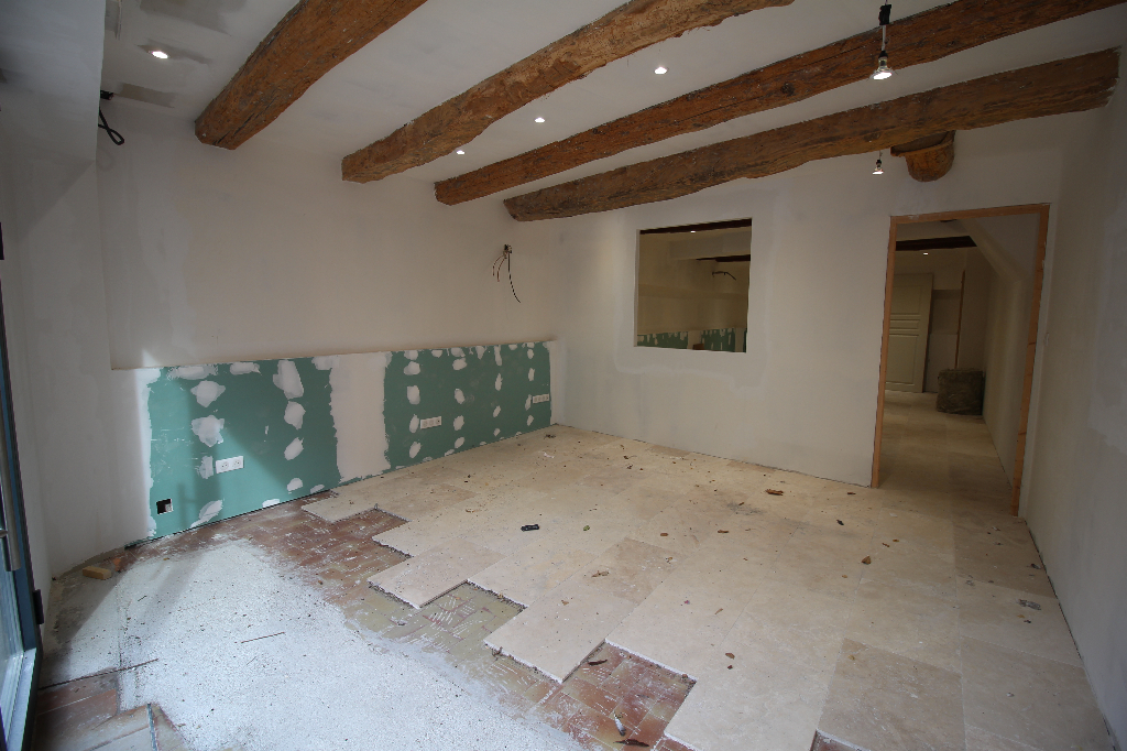 Vente Local Commercial ROQUEBRUNE SUR ARGENS