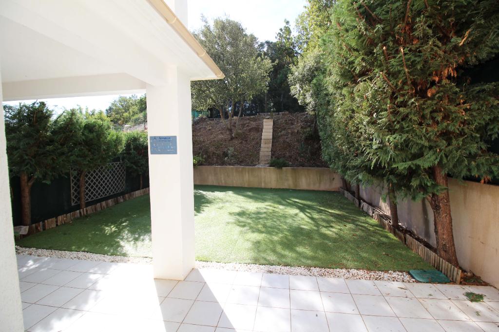 Vente Maison-Villa ROQUEBRUNE SUR ARGENS